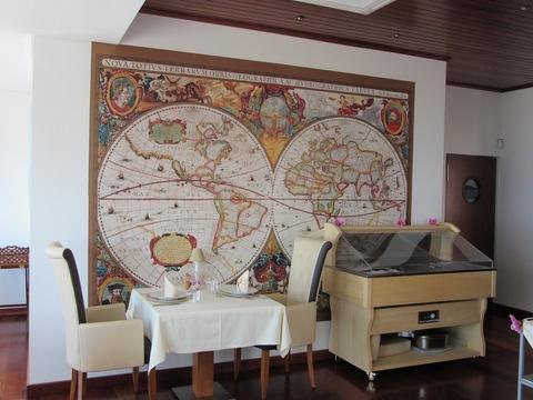 IMG_4867レストラン壁画.jpg