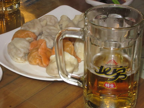IMG_5303ギョーザ&ビール.JPG