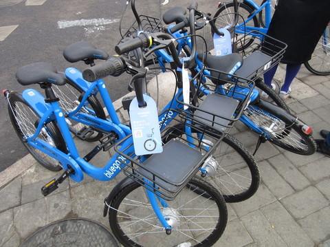 IMG_5446ブルー自転車.JPG