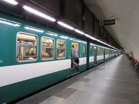 IMG_5735地下鉄.JPG