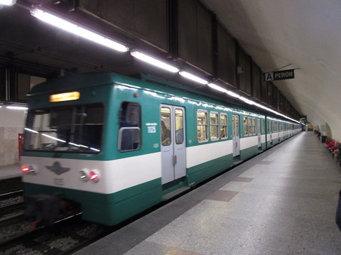 IMG_5737郊外電車.JPG
