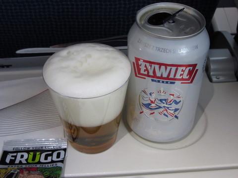 IMG_6551機内ビール.JPG