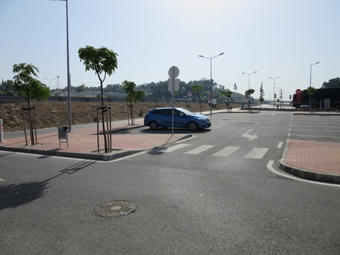 IMG_4855SA駐車場.jpg