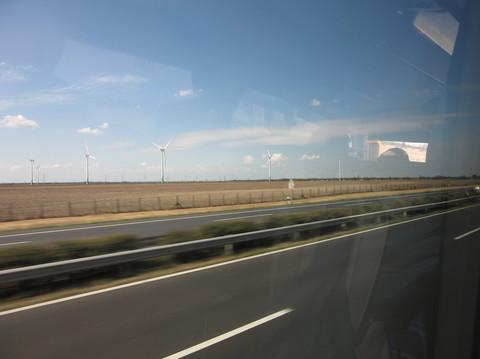 IMG_5837車窓風力発電.JPG